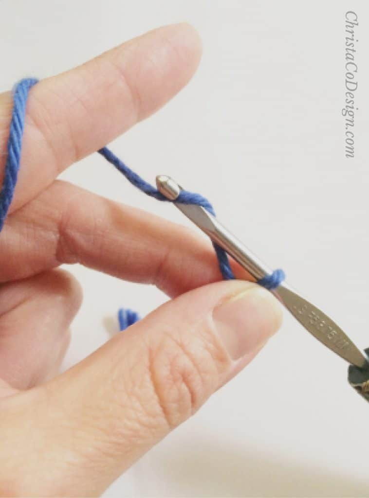 picture of how to yarn over crochet
