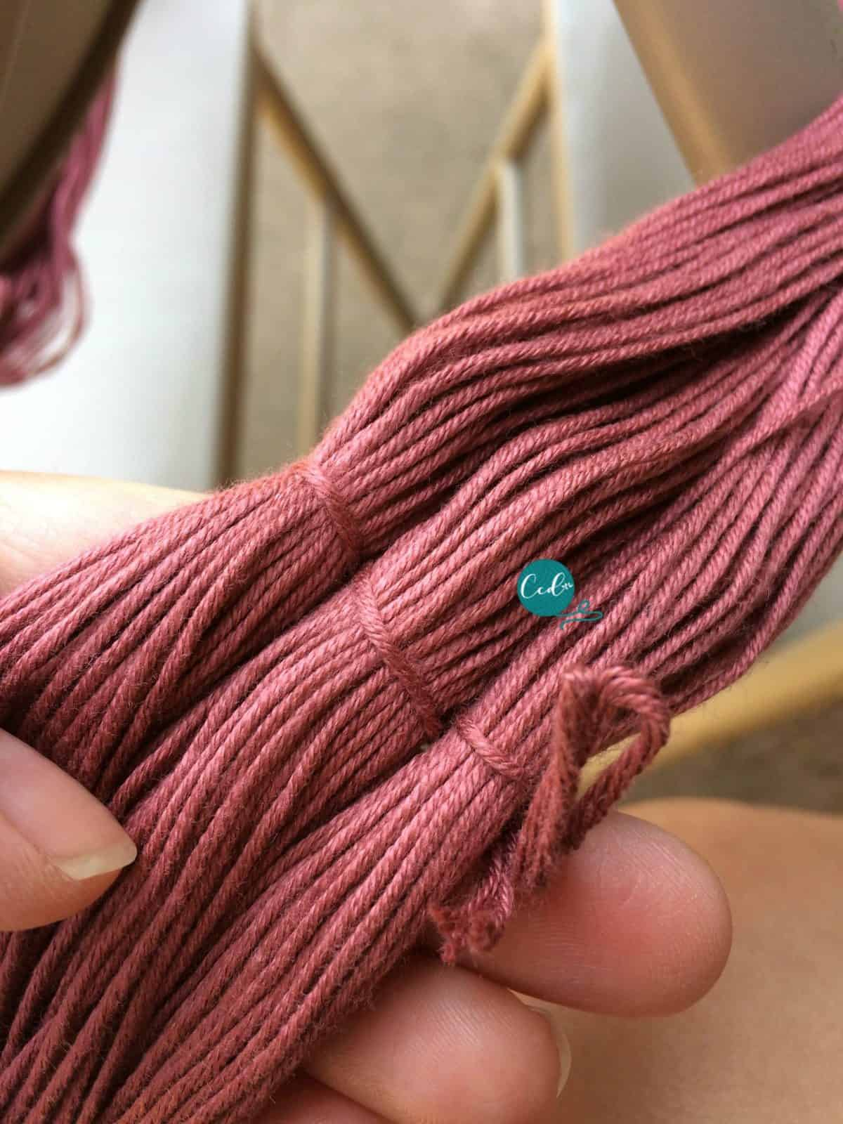 Hank of yarn tied.