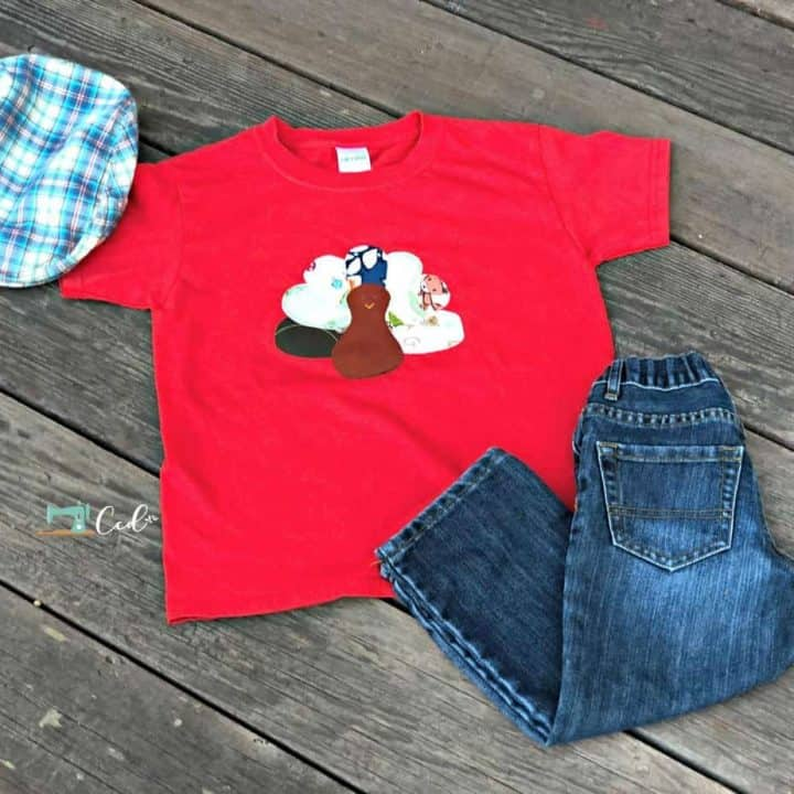 Red t-shirt with hand sewn turkey applique.