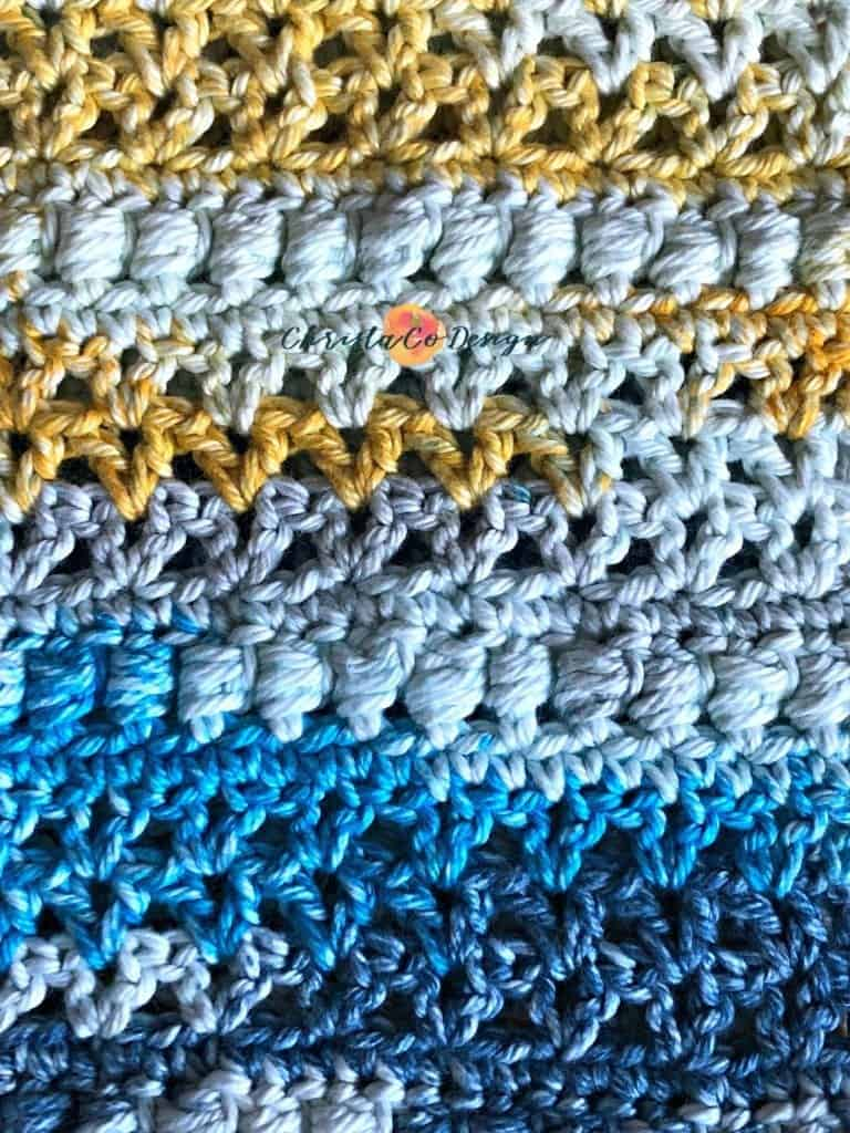 picture of yellow and blue cowl with bead stitch crochet pattern
