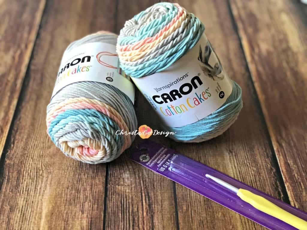 caron cakes crochet hook