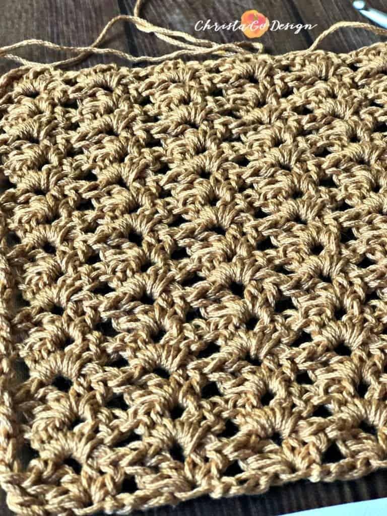 Swatch of iris stitch crochet tutorial.
