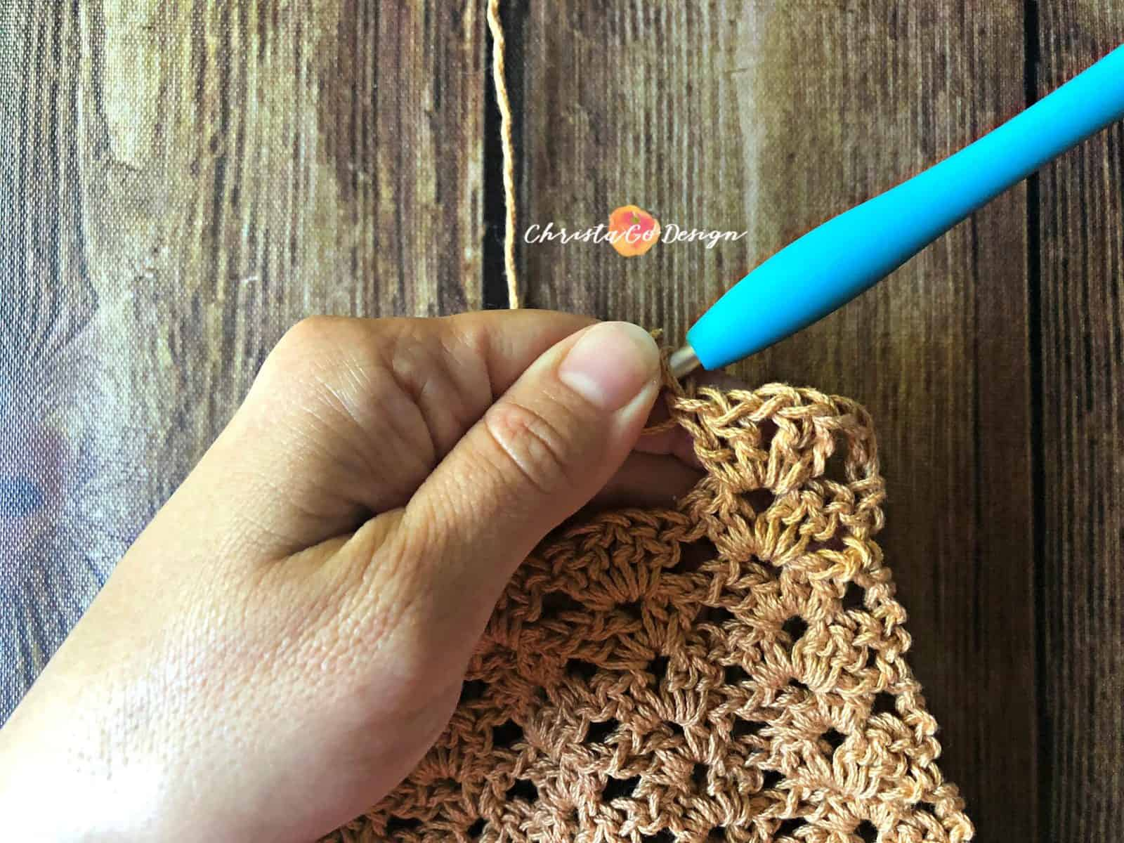 Stack the iris stitch crochet tutorial.
