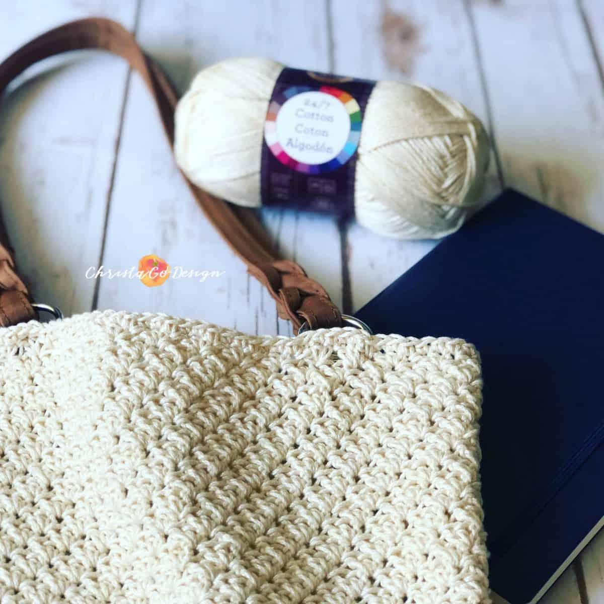Tivoli Crochet Purse a Free Pattern