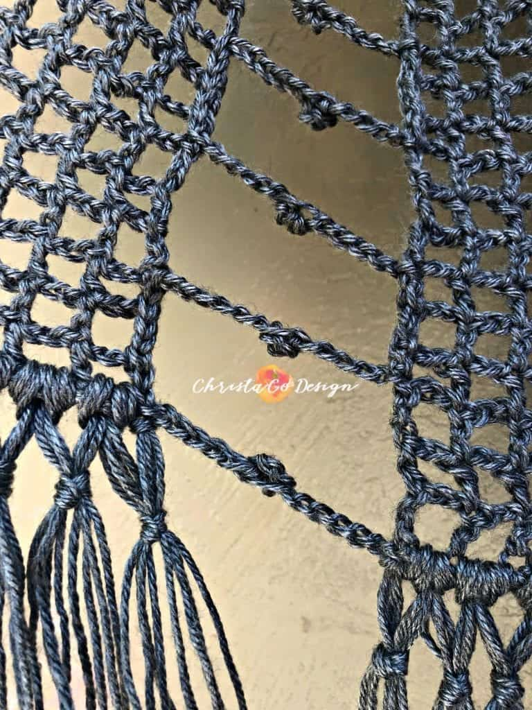 picture of side of mesh vest