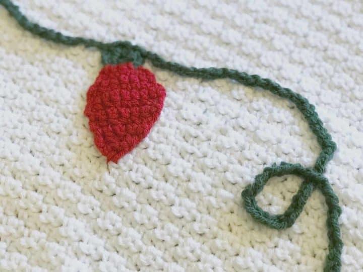 picture of crochet Christmas lights on blanket free crochet pattern
