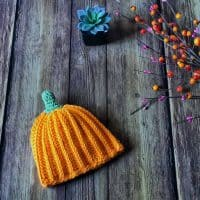 PICTURE OF crochet pumpkin hat orange