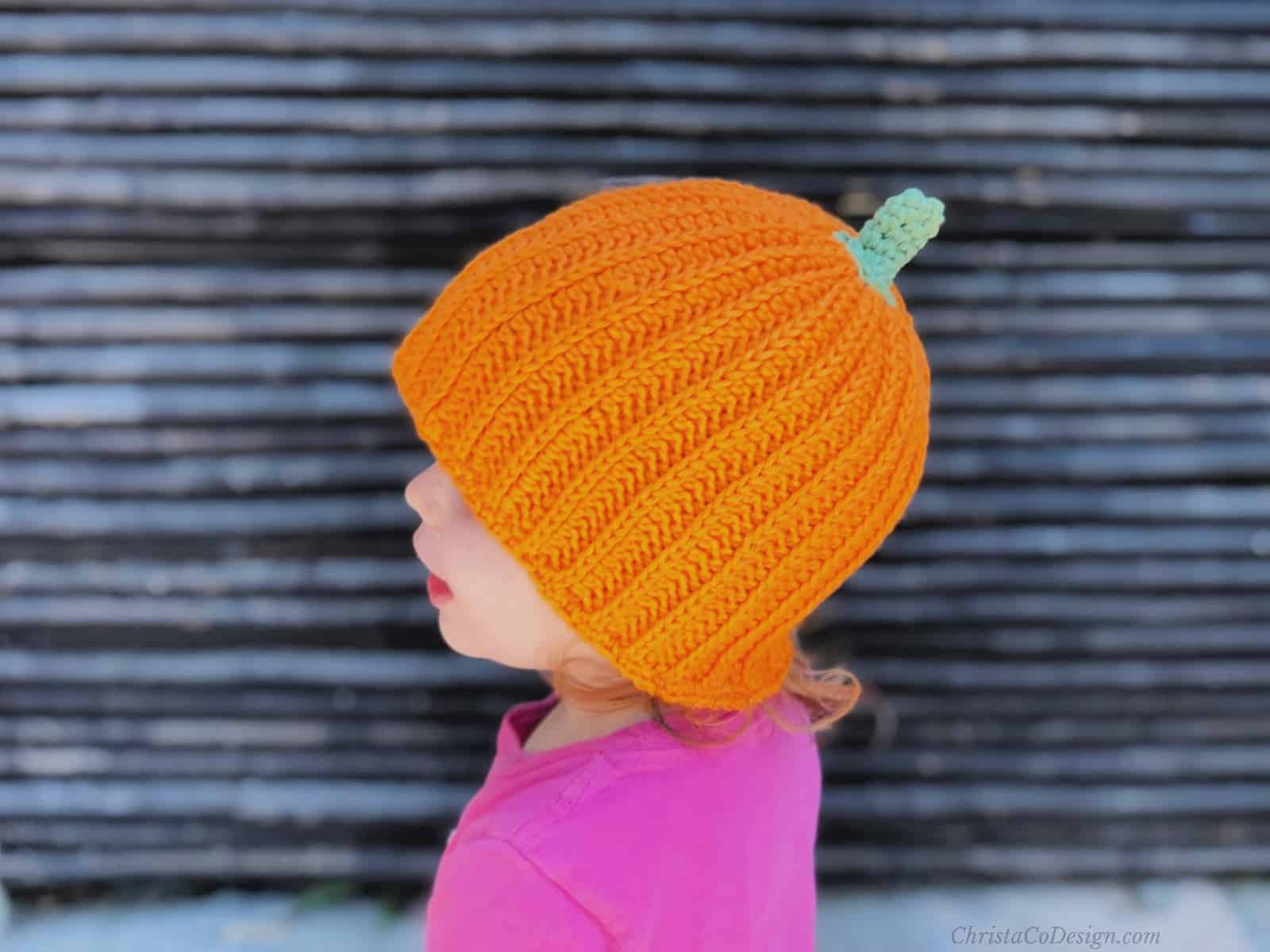 picture of toddler in crochet pumpkin hat free pattern