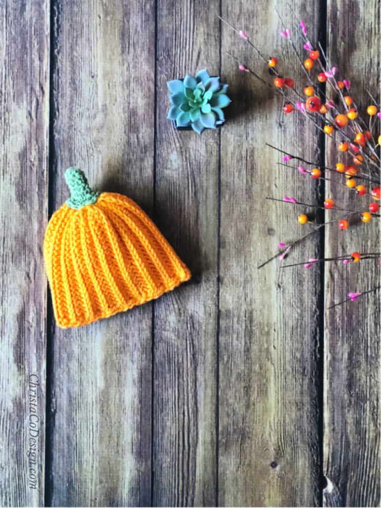 picture of crochet pumpkin hat for baby