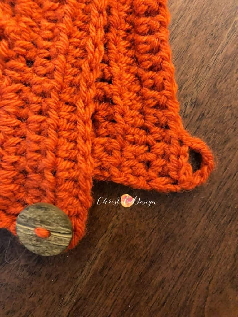 picture of how to crochet a button hole