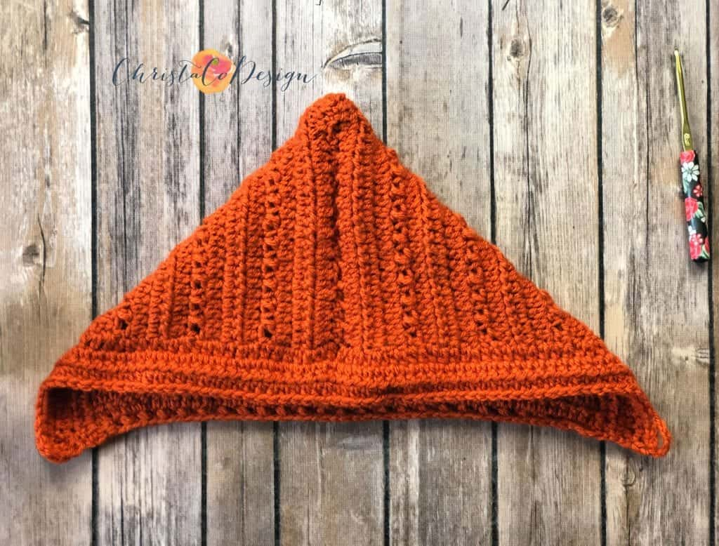 picture of front of pixie hat fold and seam