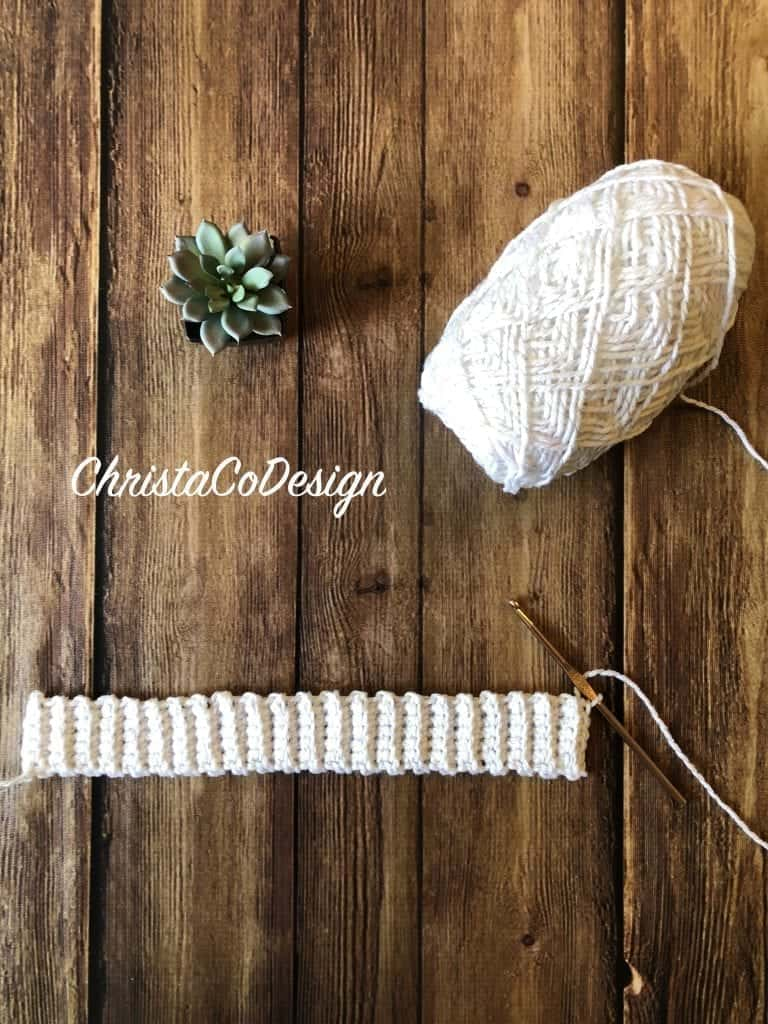 picture of white crochet ribbing