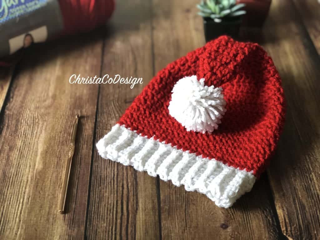 picture of crochet elf hat with white pom