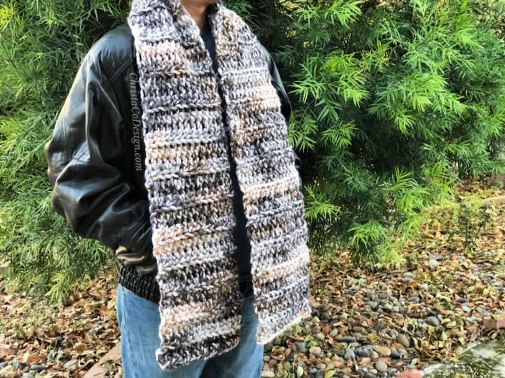Men's super scarf crochet pattern in multi colored yarn.