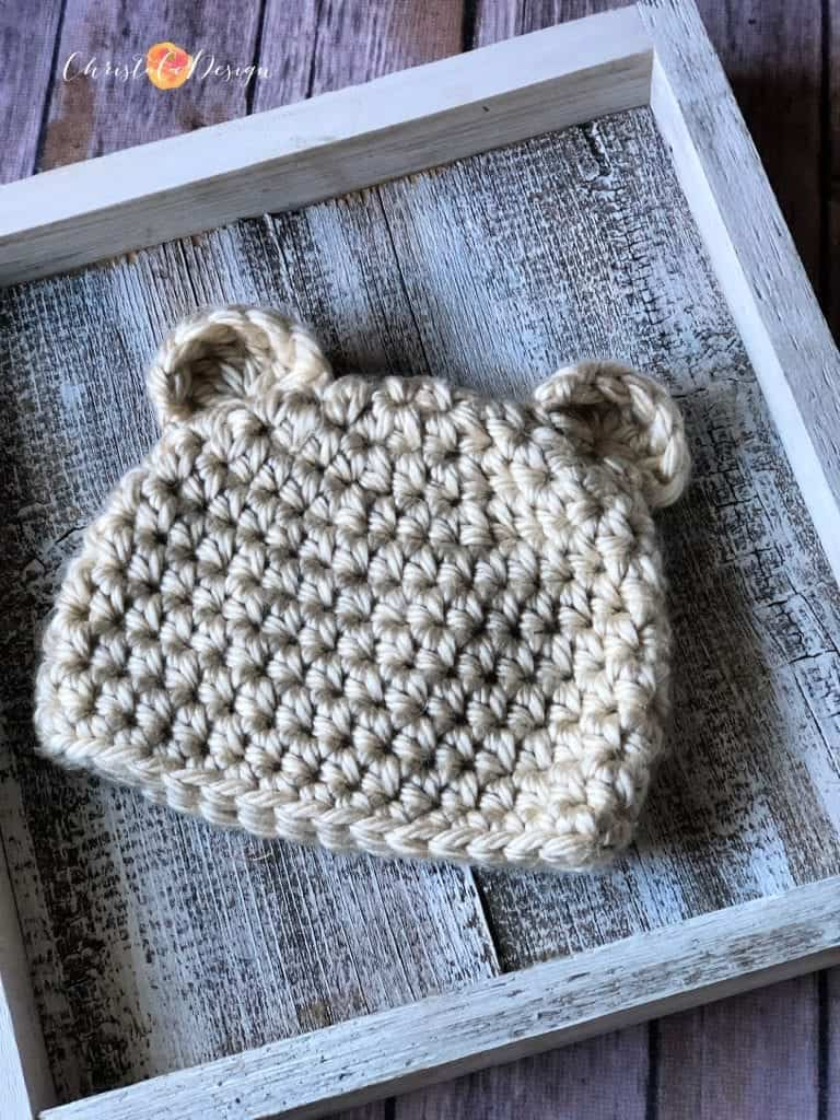 picture of chunky crochet bear hat
