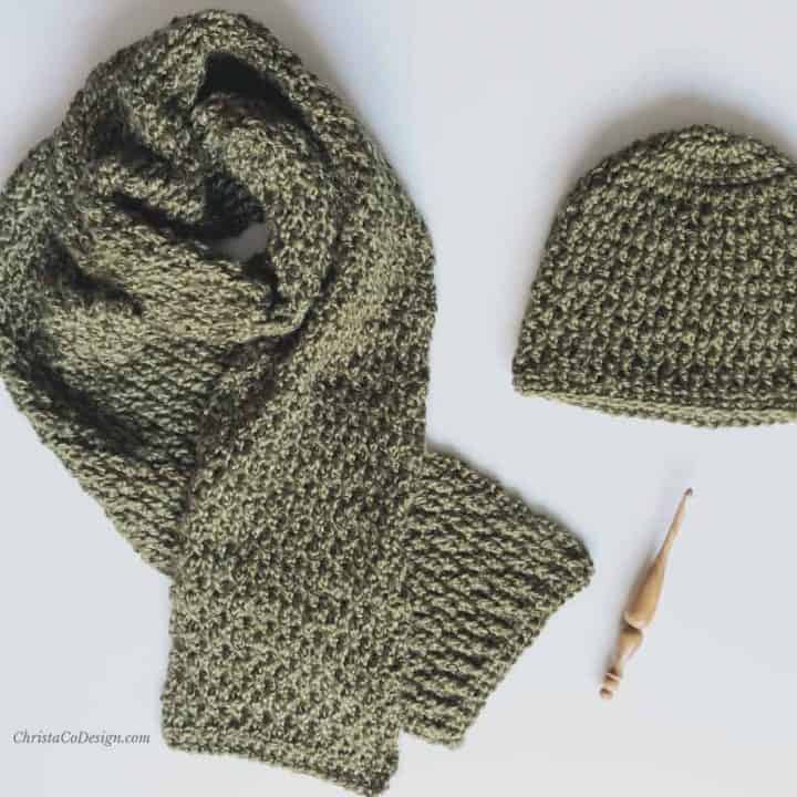 picture of green textured crochet scarf and hat