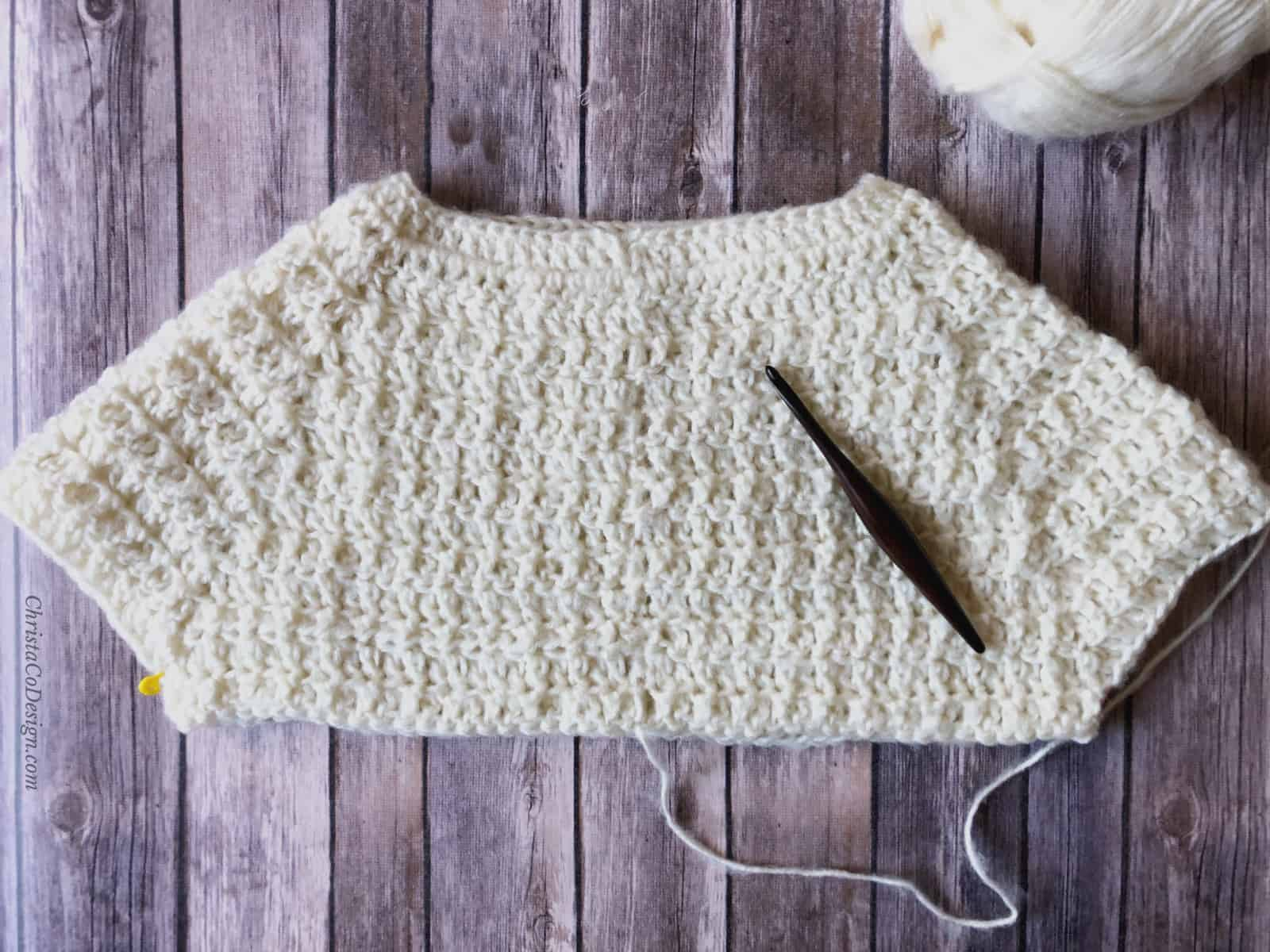 Sweater divided for body and sleeve crochet pattern free.