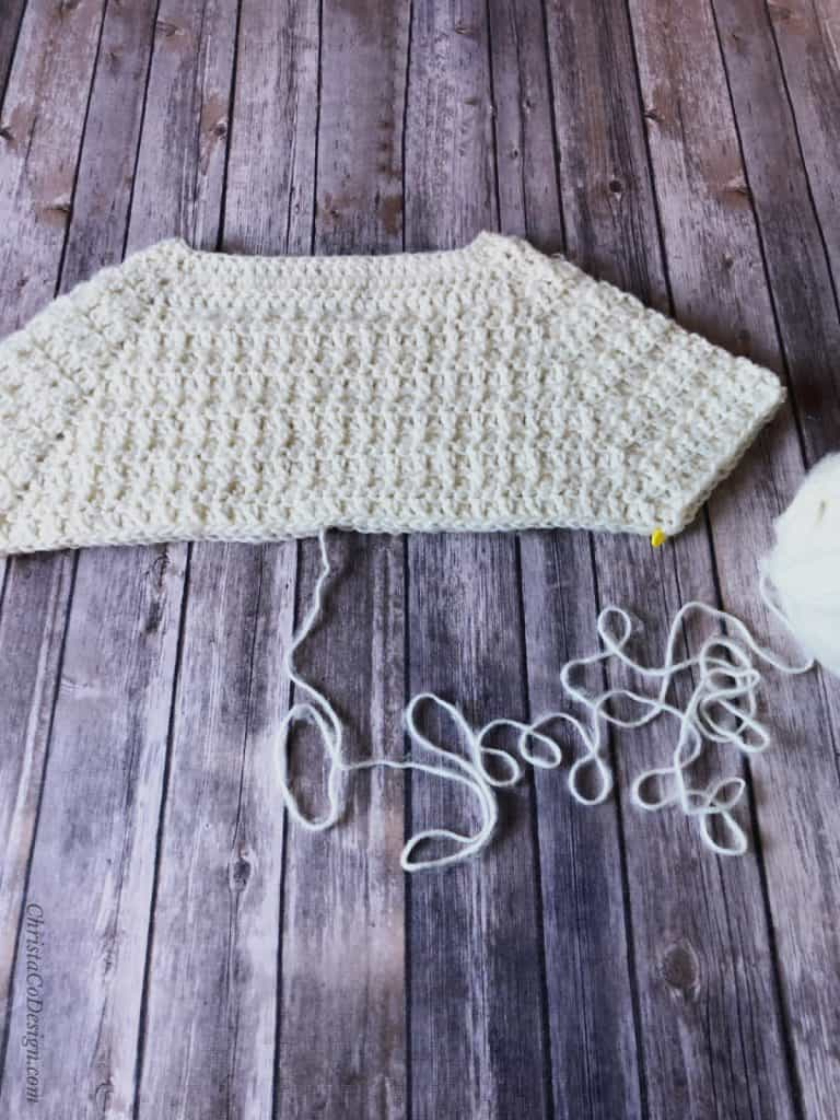 picture of divide raglan sweater free crochet pattern
