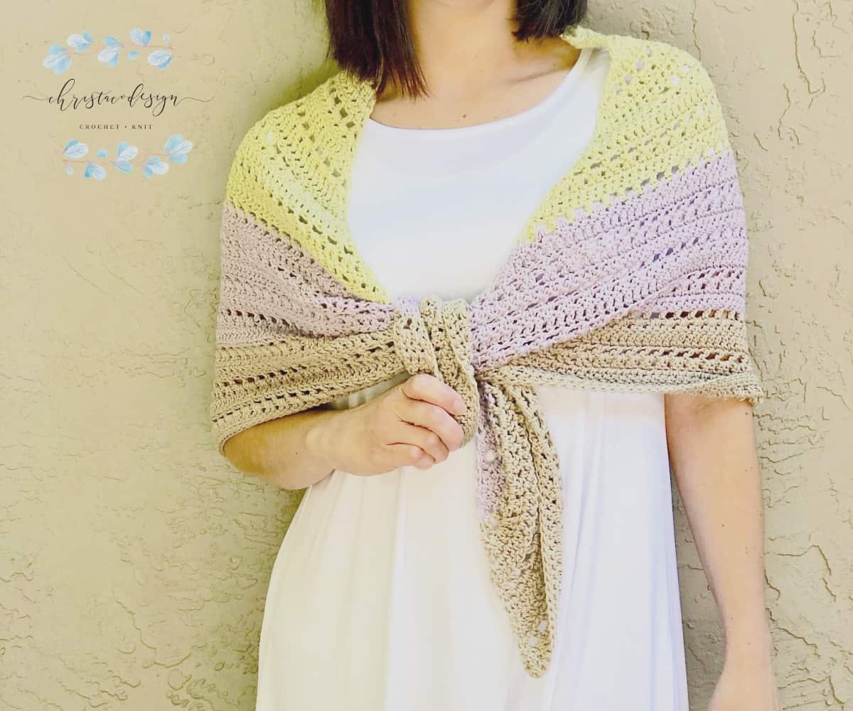 picture of front Lilla triangle shawl