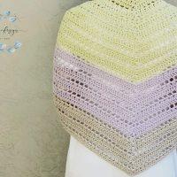 picture of Lilla triangle shawl back