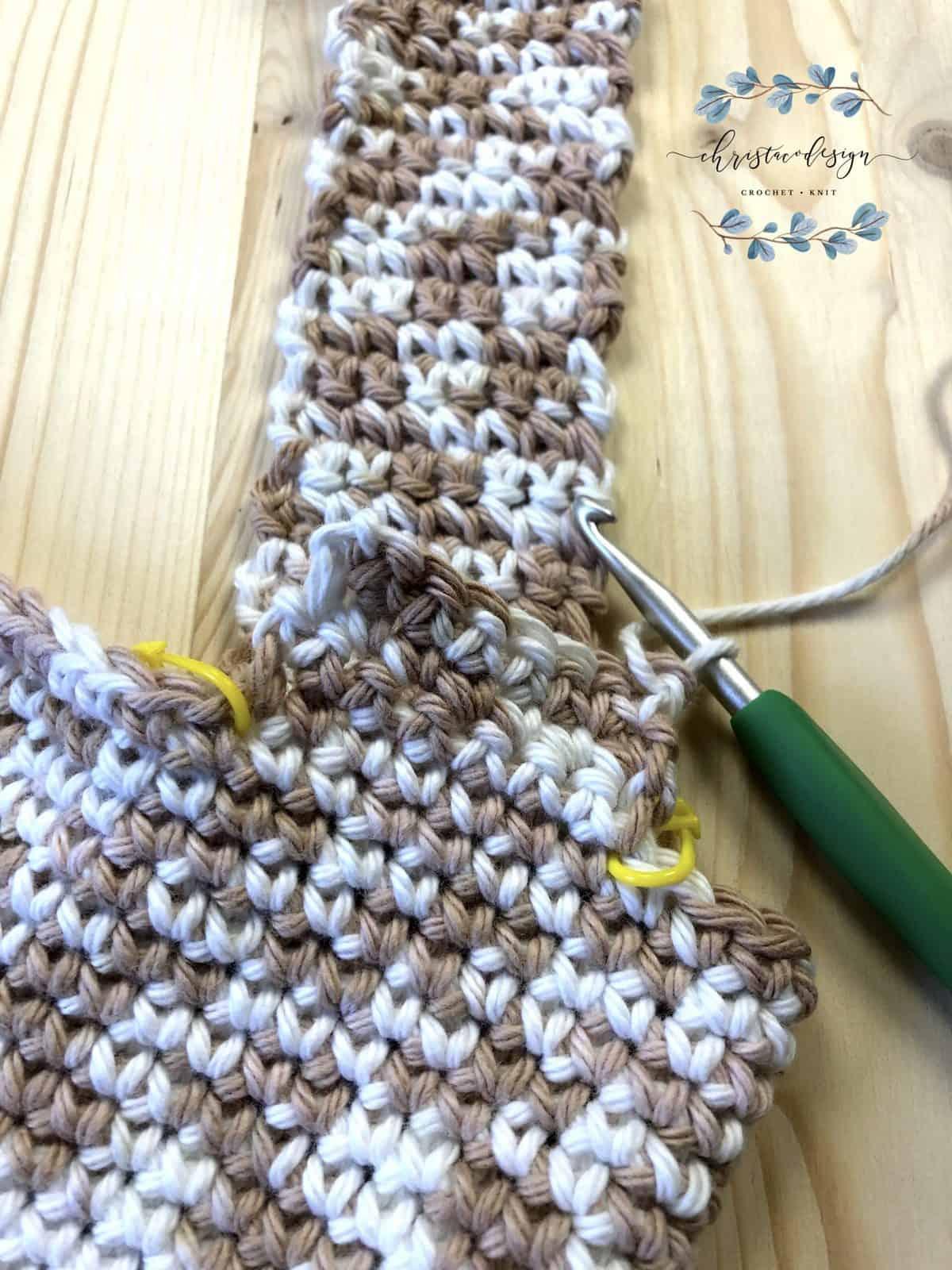 Start second strap in single crochet.