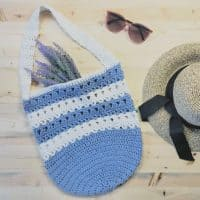 picture of free crochet market tote pattern striped blue and white flat lay