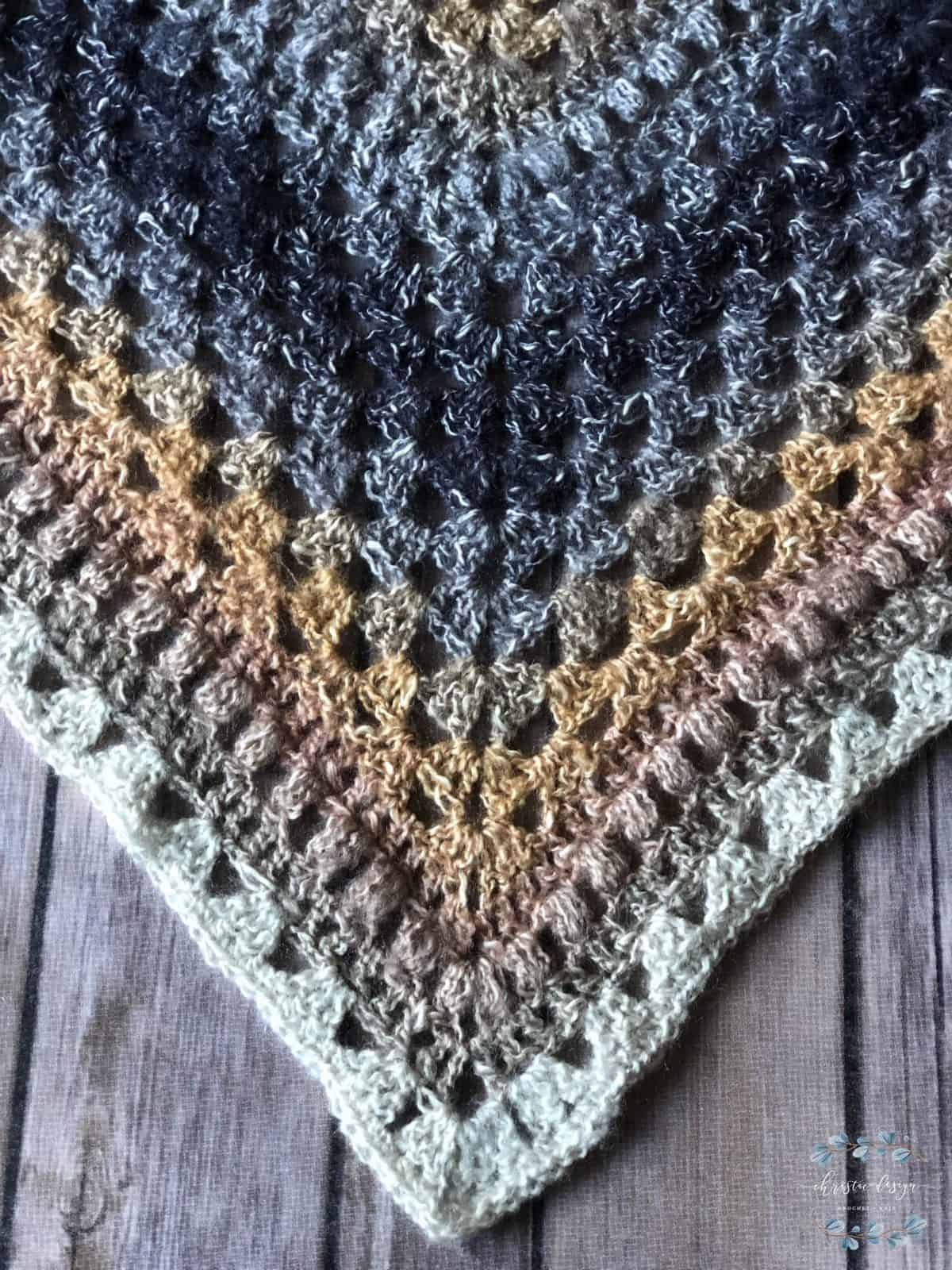 picture of triangle scarf tip