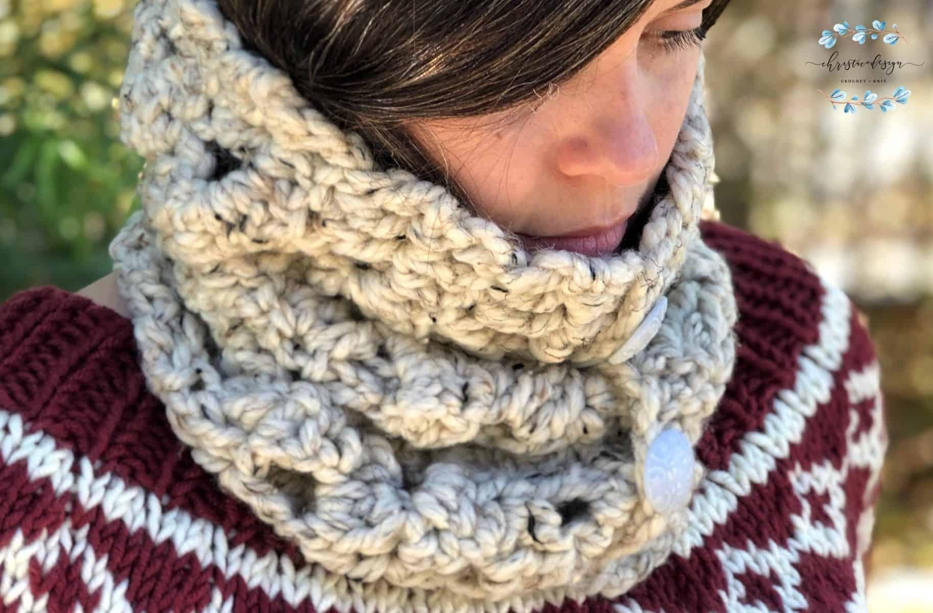 Arcone Cowl a Free Crochet Pattern