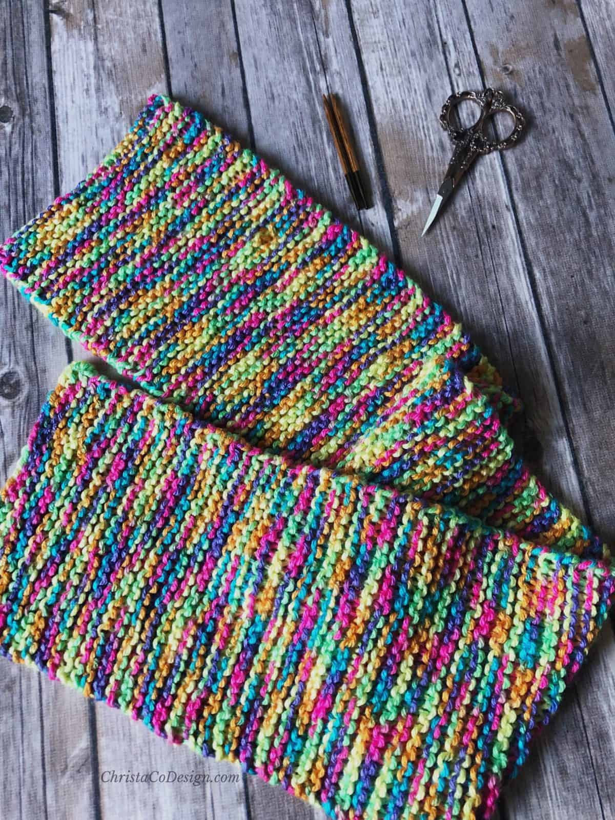 picture of colorful flat scarf