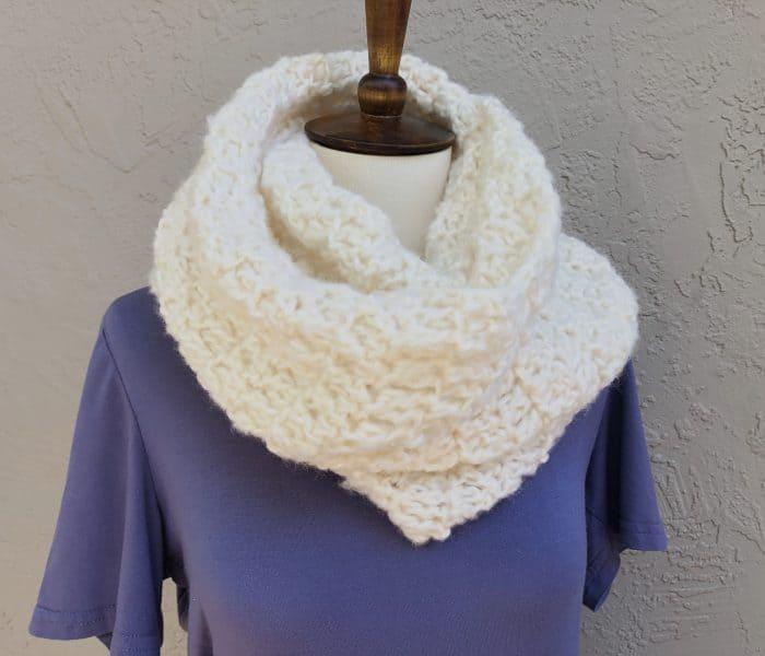 Nebbia Scarf a Free Crochet Scarf Pattern