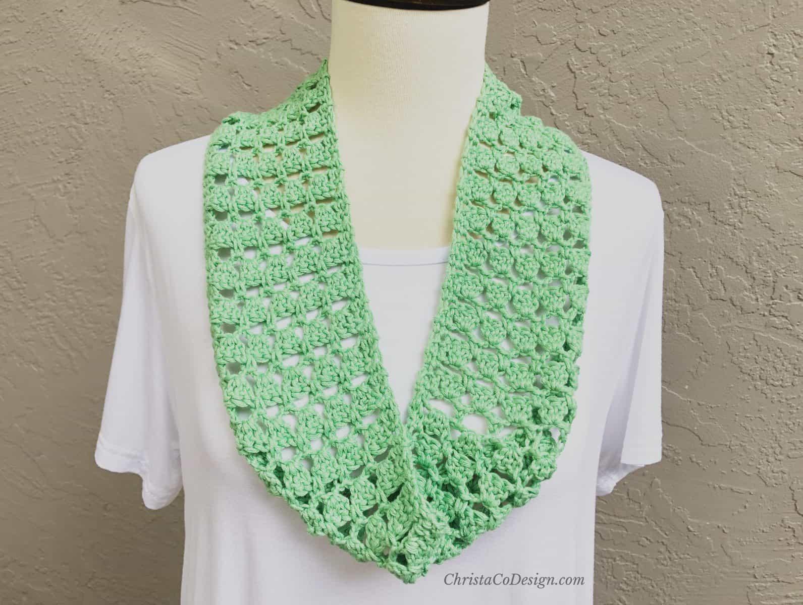 Trina Cowl a Free Crochet Cowl Pattern