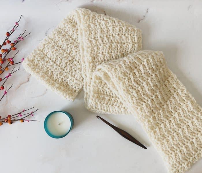 Nebbia Chunky Scarf a Free Crochet Scarf Pattern