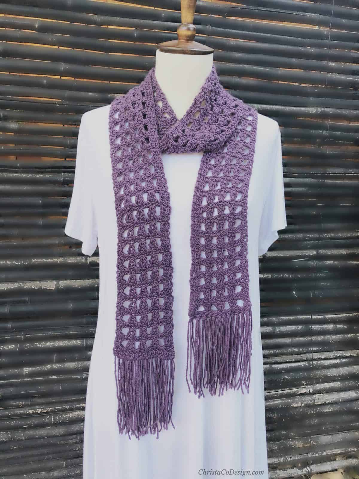 picture of purple lacy scarf crochet