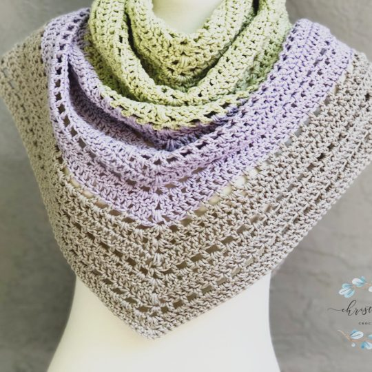 Lilla Shawl a Free Crochet Pattern for Beginners