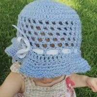 picture of toddler in sun hat
