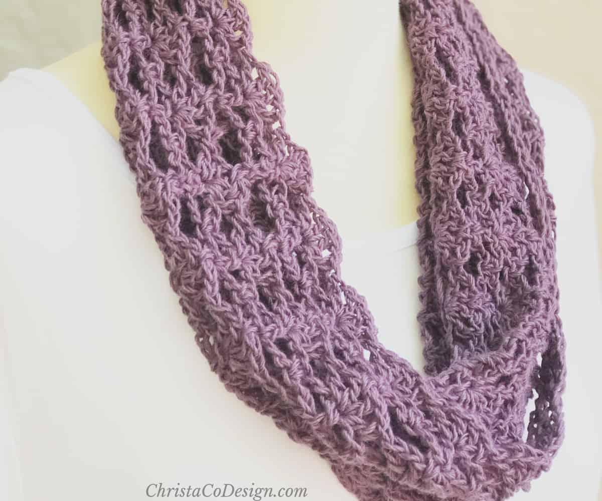 Lia Cowl Easy Crochet Lace Free Cowl Pattern