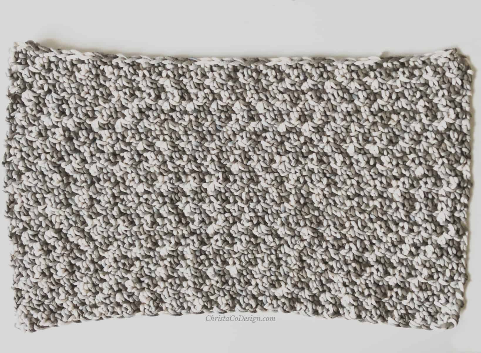 picture of crochet rectangle for pillow