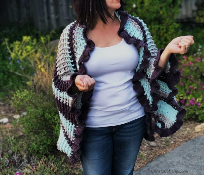 Strisce Easy Crochet Ruffle Edge Wrap Pattern