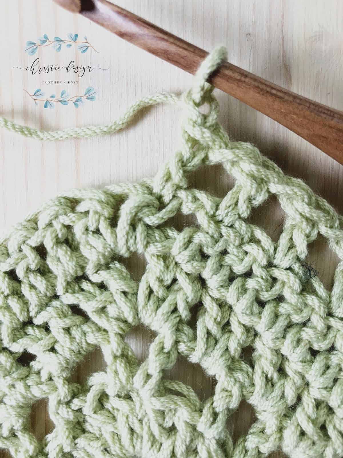picture of crochet shawl triangle tip tutorial row 5