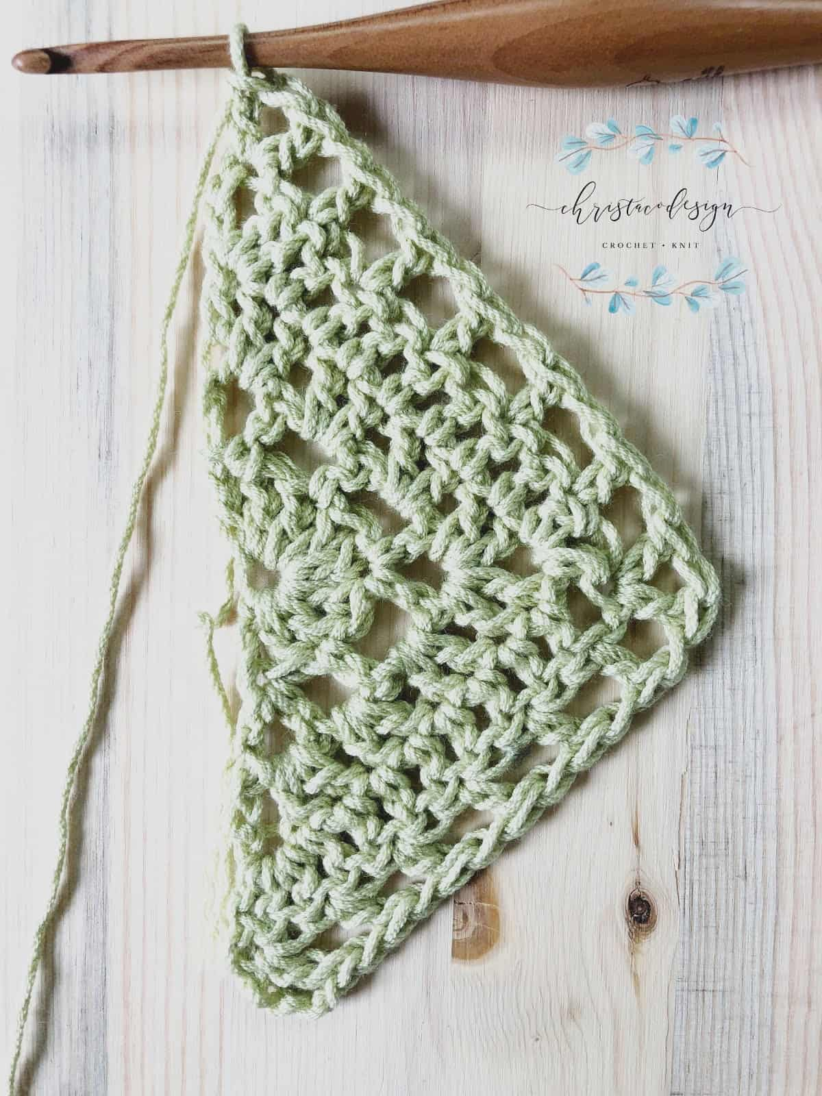 picture of Lilla Shawl free crochet triangle shawl pattern through row 5