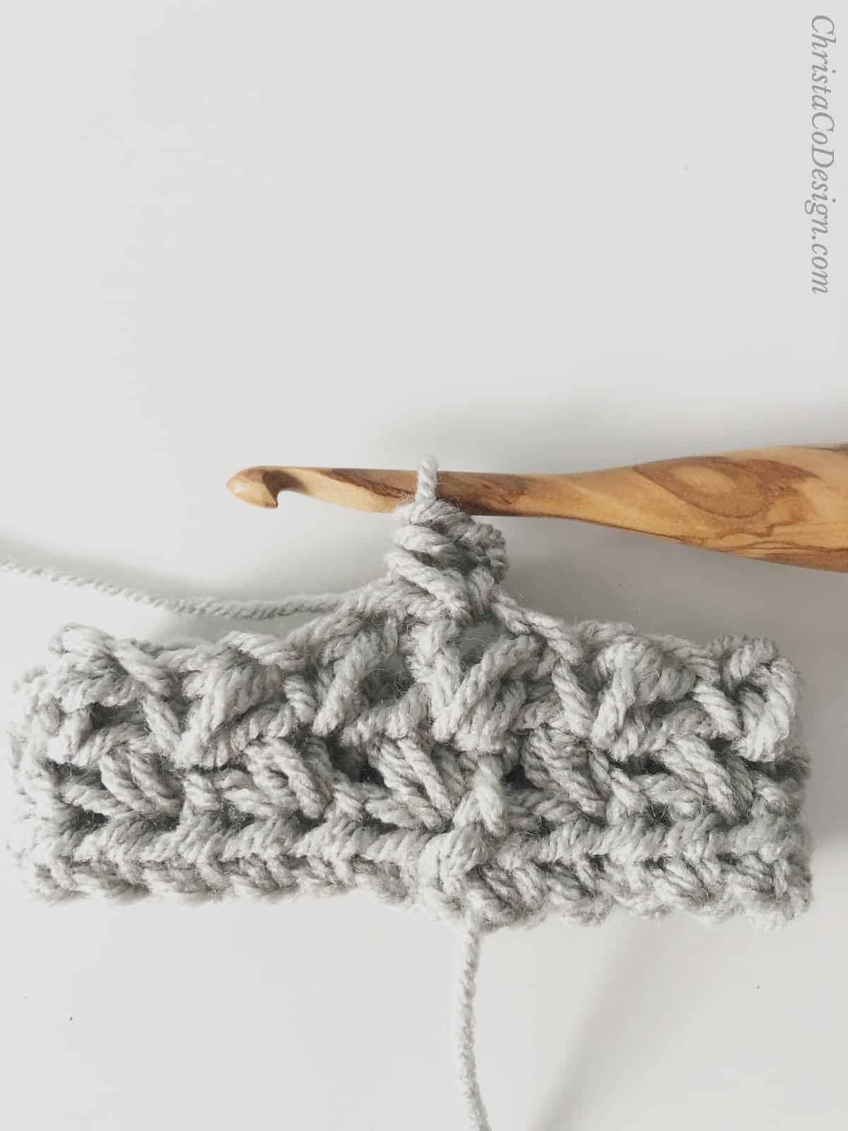 picture of grey coffee cozy pattern
