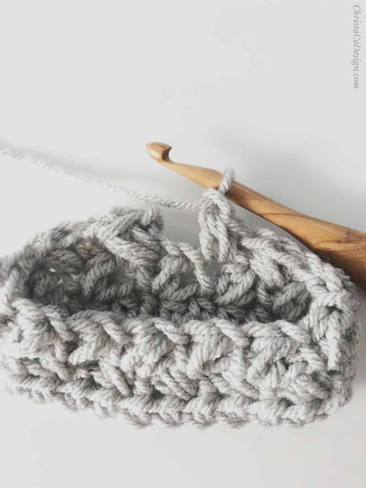 picture of grey crochet cozy join