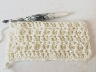 picture of back loop and front loop only double crochet stitches in white