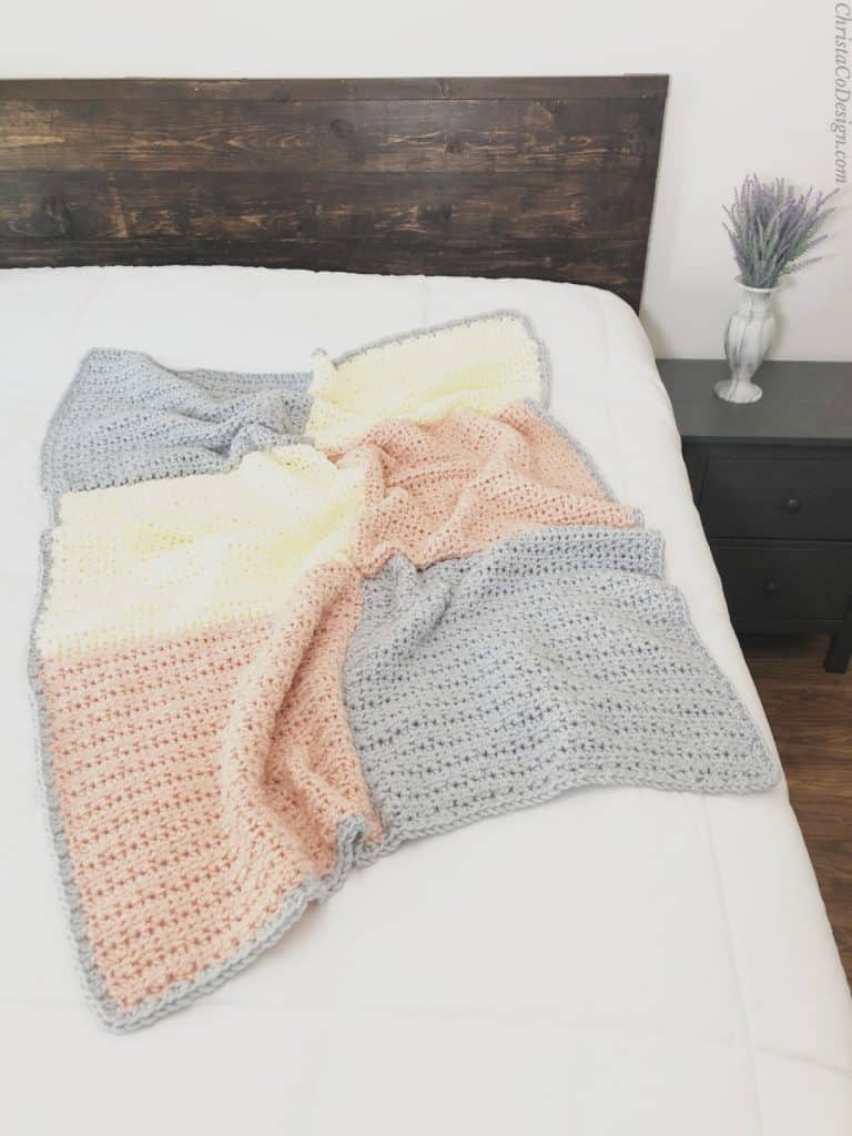 Chunky crochet blanket easy pattern.