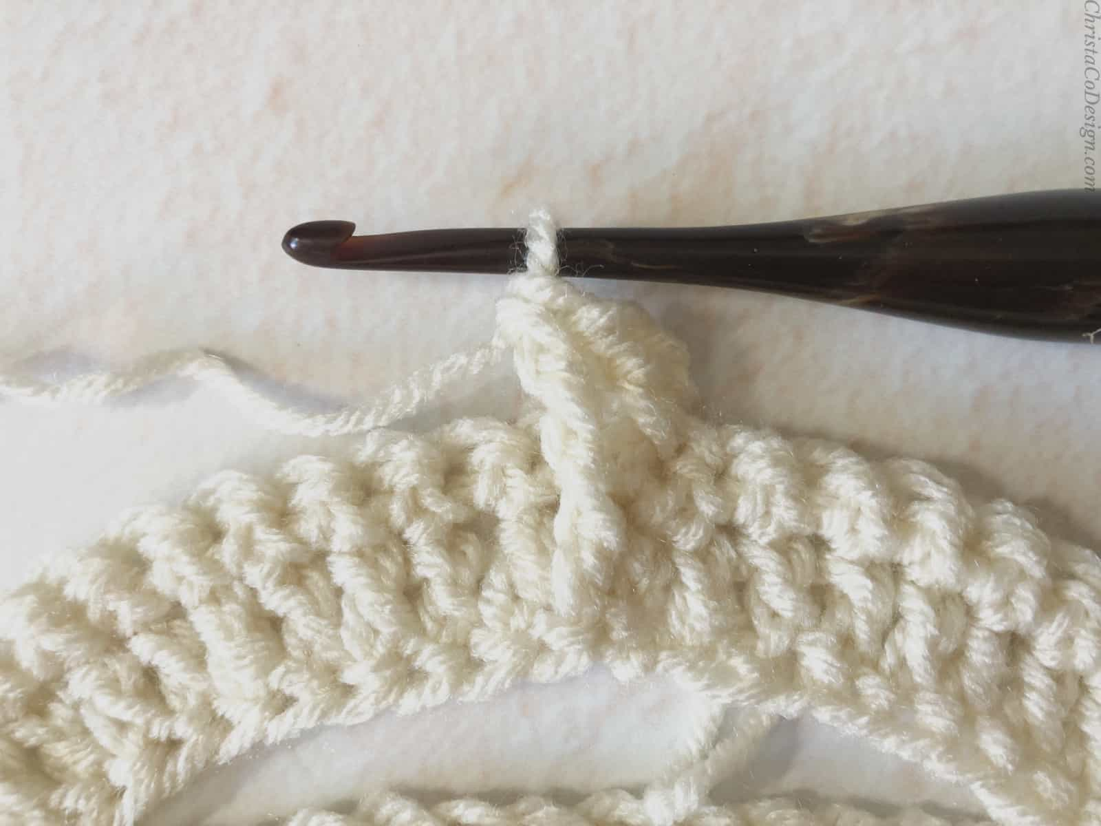 picture of crochet treble stitch