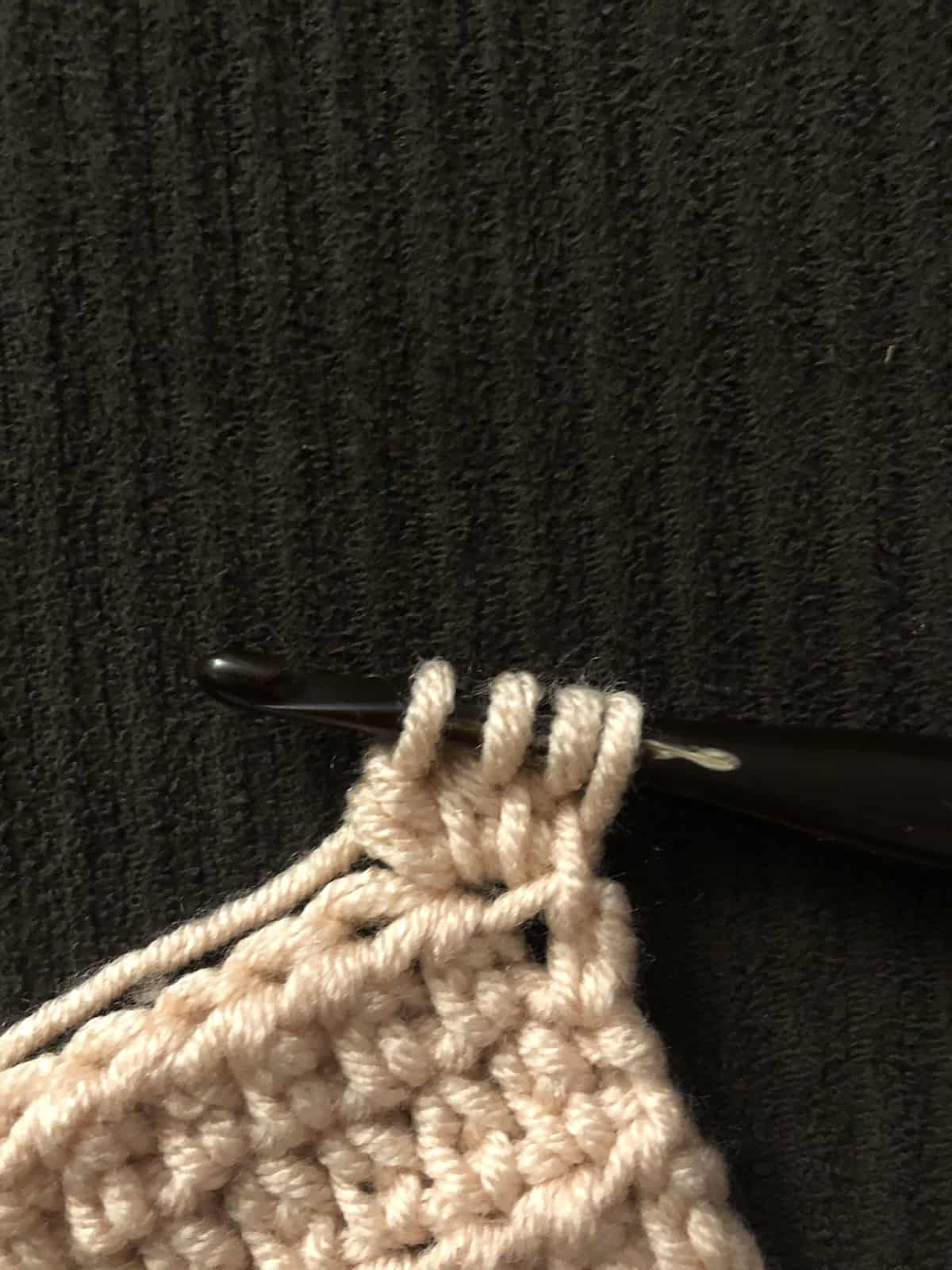 picture of 4th yarn over twin cluster tutorial
