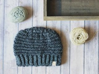 picture of flat black beanie crochet mens free pattern