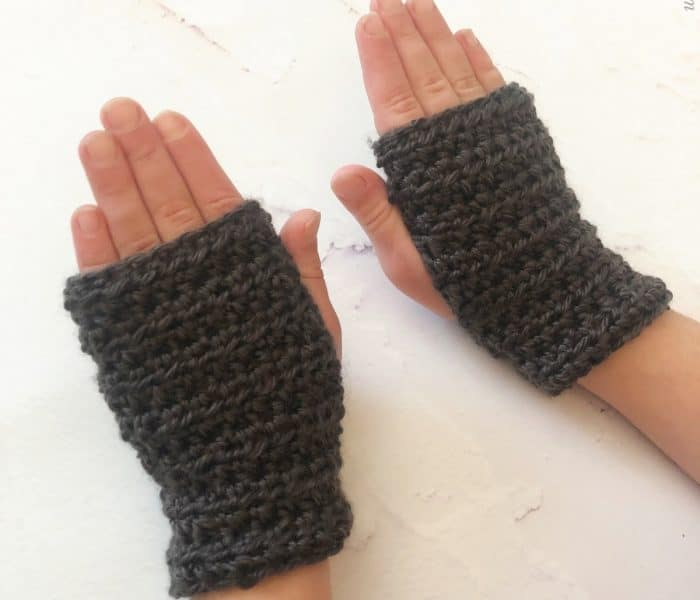 Crochet Fingerless Gloves for Kids a Free Pattern