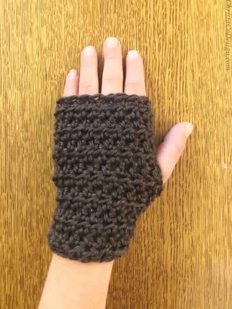 Modeled kids wrist warmers crochet pattern free.