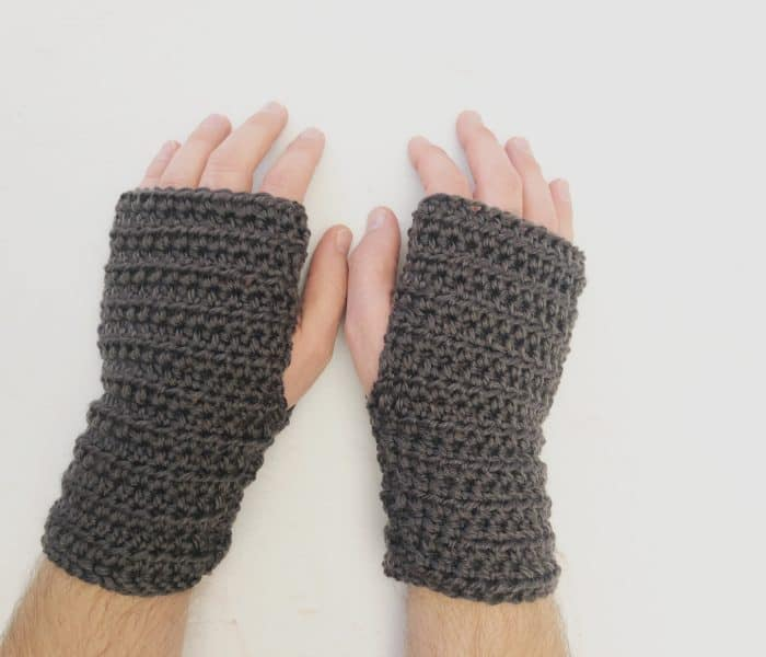Men's Fingerless Gloves Free Crochet Pattern